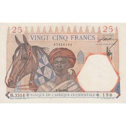 AOF - Pick 27_4 - 25 francs  - Etat : SPL