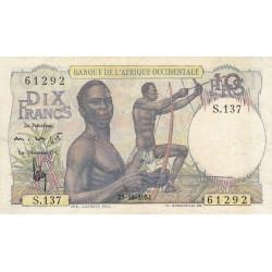 AOF - Pick 37_2j - 10 francs - Etat : TTB