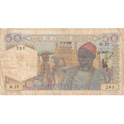 AOF - Pick 39_1a - 50 francs - Etat : B
