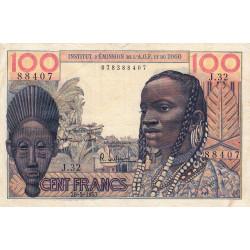 AOF - Pick 46_2 - 100 francs - Etat : TTB