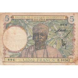 AOF - Pick 25_4 - 5 francs - 15/06/1942 - Etat : TB-