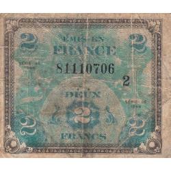VF 16-02 - 2 francs série 2 - Drapeau - 1944 - Variété sans la couleur rouge - Etat : B+