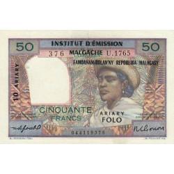 Madagascar - Pick 51b - 50 francs - 10 ariary - 1961 - Etat : SUP
