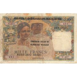 Madagascar - Pick 54a - 1'000 francs - 200 ariary - 1961 - Etat : AB