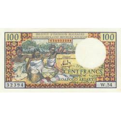 Madagascar - Pick 57a - 100 francs - 20 ariary - 1966 - Etat : SPL