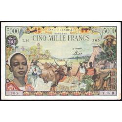 Centrafrique - Afrique Equatoriale - Pick 6b - 5'000 francs - Série T.36 - 1963 - Etat : TTB+