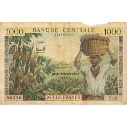 Cameroun - Pick 12b - Série Y.18 - 1'000 francs - 1962 - Etat : AB à B-