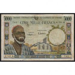 Côte d'Ivoire - Pick 104Ab - 5'000 francs - Série K.535 - 20/03/1961 - Etat : TB-