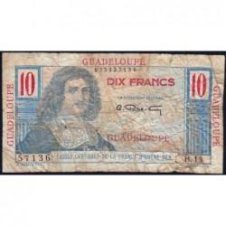 Guadeloupe - France Outre-Mer - Pick 32 - 10 francs - Série B.11 - 1946 - Etat : AB