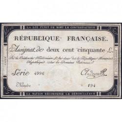 Assignat 45a - 250 livres - Signature 1 - 7 vendémiaire an 2 - Série 4996 - Etat : TB+